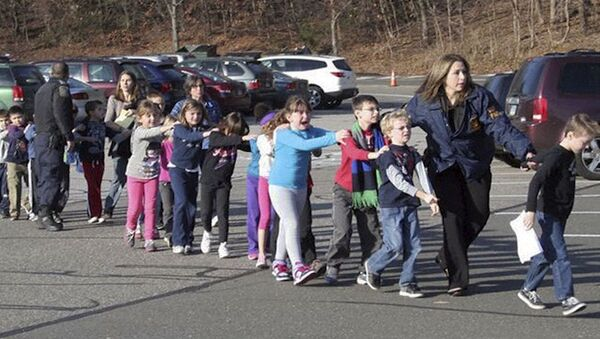 Первые кадры с места стрельбы в школе в США, где погибли 18 детей