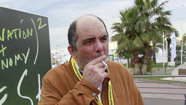 Журналист Григорий Ревзин. Архив
