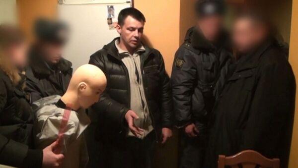 Кабанов показал, как убивал жену. Кадры следственного эксперимента