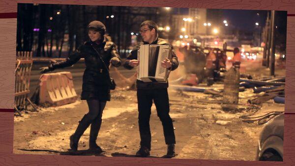 Снова жжём в квартире газ, надеваем шубы – холод в Питере у нас, лопаются трубы!