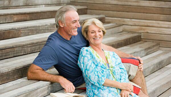 Счастливая семейная пара. Архивное фото