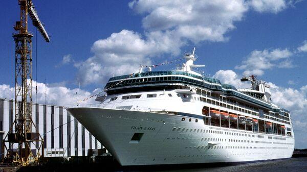 Круизный лайнер Vision of the Seas, на борту которого более 100 человек заразились норовирусом