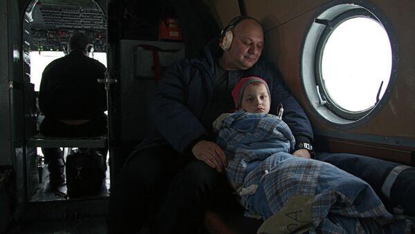 Работа санитарной авиации в Архангельской области. Архивное фото