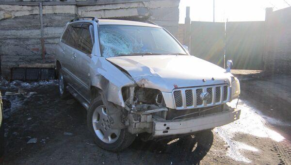 Автомобиль полицейского, сбившего школьницу в городе Сретенск
