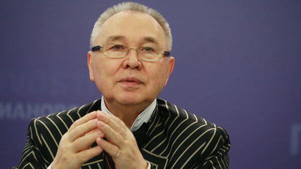 Модельер Вячеслав Зайцев