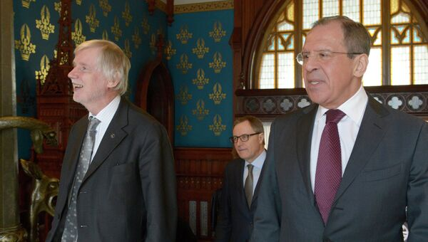 Министры иностранных дел России и Финляндии Сергей Лавров (справа) и Эркки Туомиойя. Архивное фото