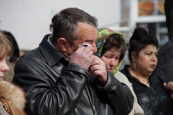 Белгородцы скорбят по погибшим на месте трагедии