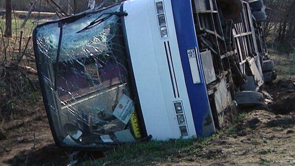 Последствия столкновения автобуса и фуры под Калугой