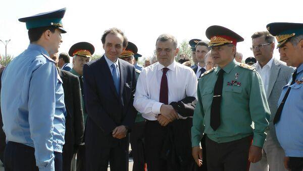 Министр обороны России Сергей Шойгу во время визита в Астраханскую область