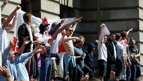 Акция протеста против исламизации Великобритании