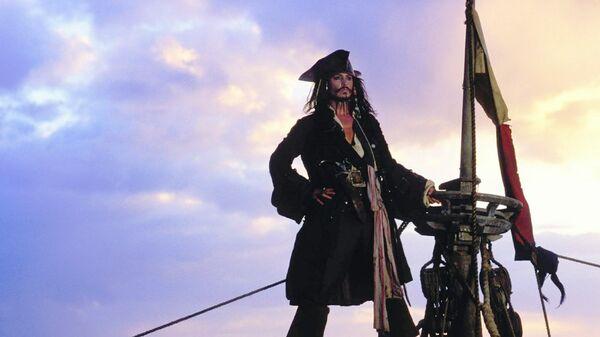 СТС высмеял блокировку Telegram в анонсе «Пиратов Карибского моря» | 338x600