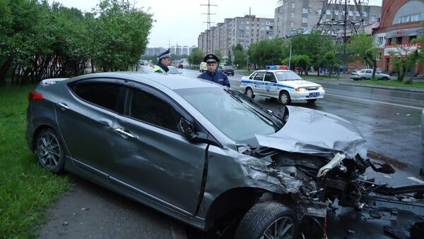 ДТП с участием маршрутного автобуса ПАЗ, Hyundai Avante и Mazda Demio в Томске