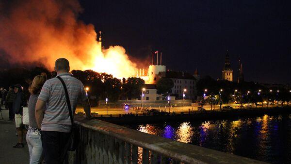 Пожар в резиденции президента Латвии в Риге