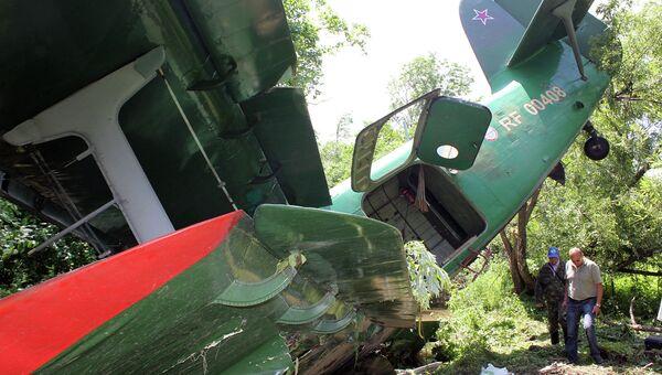 Самолет Ан-2, совершивший вынужденную посадку в Хабаровском крае