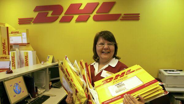 Работа компании DHL, архивное фото