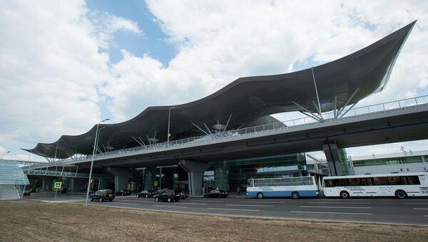 Здание нового терминала D Киевского международного аэропорта Борисполь. Архивное фото