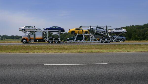 Автовоз, архивное фото