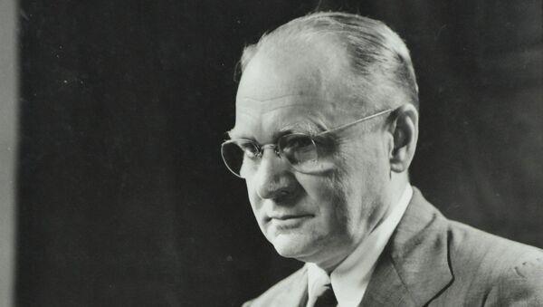 Ученый Владимир Зворыкин