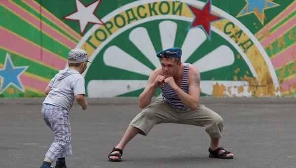 День десантника в Томске: купание в море эмоций, а не в фонтанах