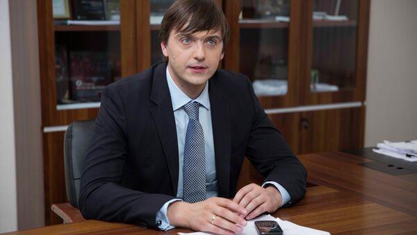 Руководитель Рособрнадзора Сергей Кравцов, архивное фото