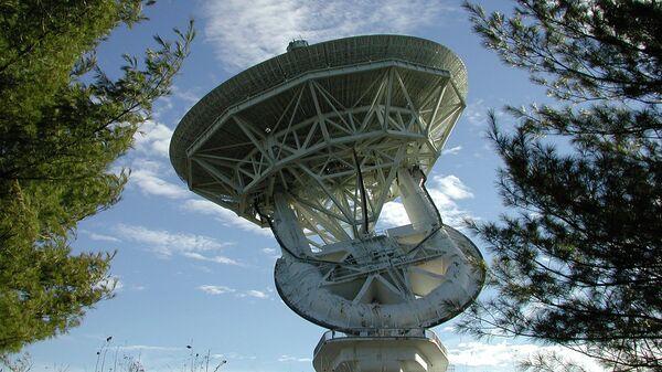 43-метровая антенна Национальной радиоастрономической обсерватории в Гринбэнке, США