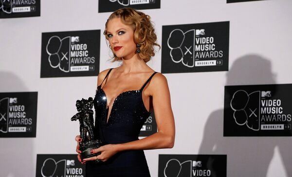 Американская кантри-певица Тейлор Свифт на MTV Video Music Awards