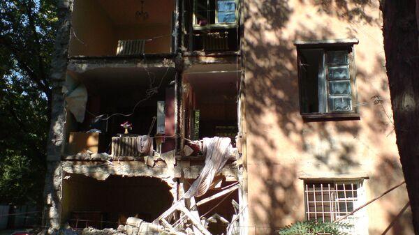 Стена жилого дома обрушилась в центре Ростова-на-Дону