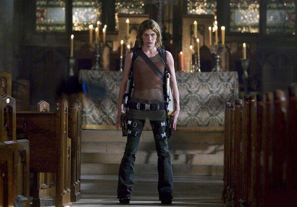 Кадр из фильма Обитель зла 2: Апокалипсис