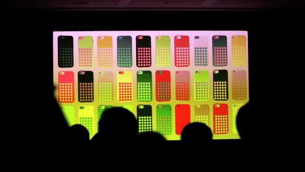 Презентация cмартфона iPhone 5C. Фото с места события