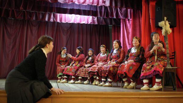 Фольклорный коллектив Бурановские бабушки. Архивное фото