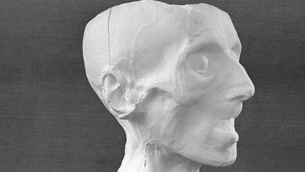 Посмертная маска Иммануила Канта