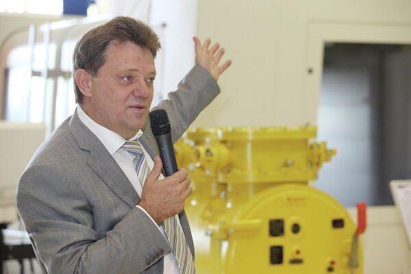 Иван Кляйн, встреча с избирателями на заводе ТЭМЗ