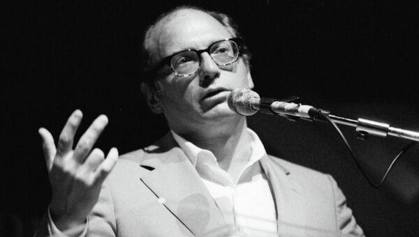 Оскар Ихуэлос, архифное фото