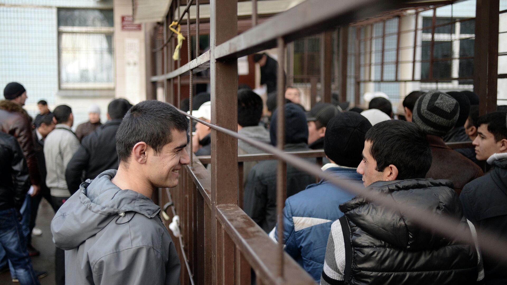 Московские власти рассказали о числе заявок на ввоз трудовых мигрантов