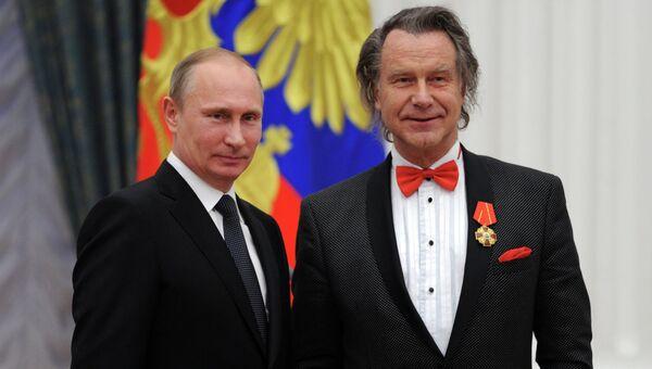 В.Путин вручил государственные награды в Кремле
