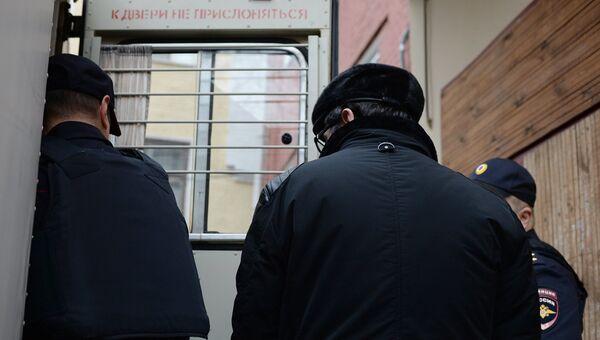 Вице-президент общественной организации Опора России Павел Сигал, подозреваемый в афере с материнским капиталом, в суде. Архивное фото