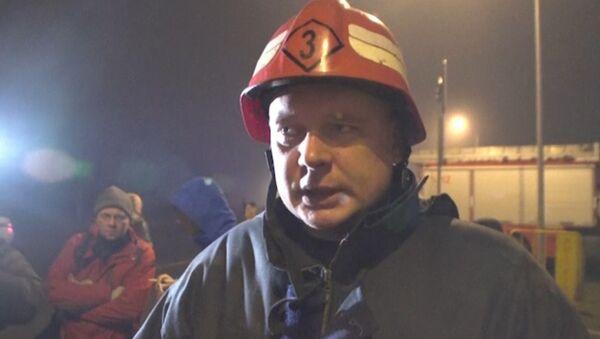 Остается надежда, что есть выжившие – пожарный на месте обрушения ТЦ в Риге
