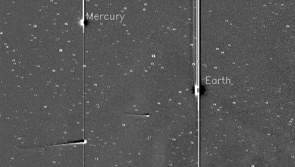 Комета ISON и комета Энке на снимке с аппарата Стерео