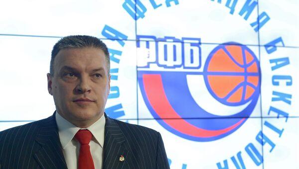 Главный тренер казанского УНИКСа Евгений Пашутин. Архивное фото
