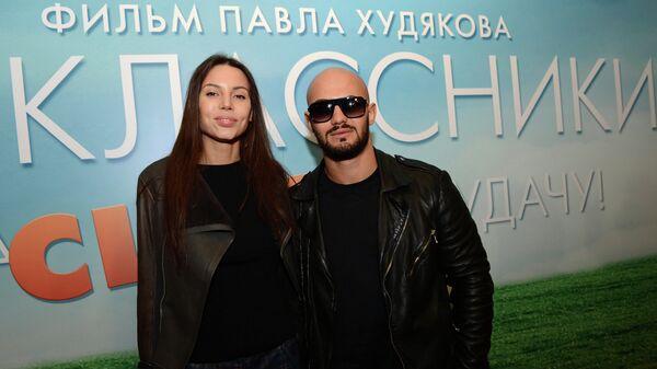 Украинский хип-хоп исполнитель Джиган на премьере фильма Одноклассники.ru: Накликай удачу