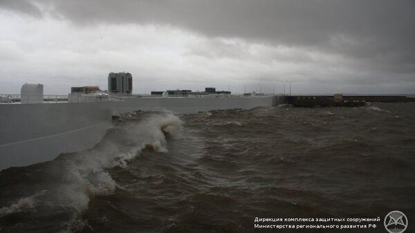 Комплекс защитных сооружений Петербурга от наводнений. Архивное фото