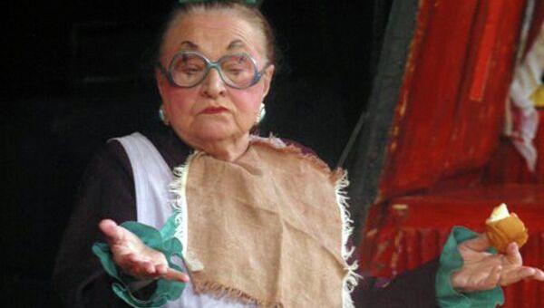 Наталия Александровна Каратаева в спектакле Малыш и Карлсон, архивное фото