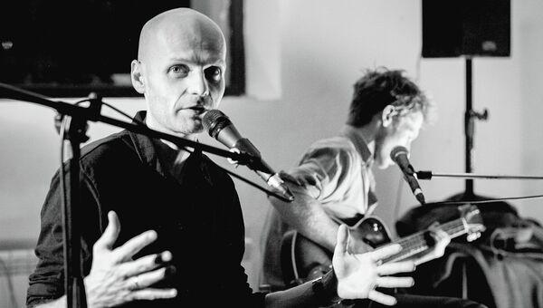 Моноспектакль Ивана Вырыпаева UFO