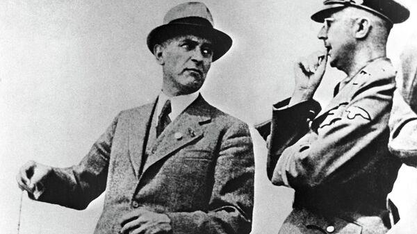 Макс Фауст и рейхсфюрер СС Генрих Гиммлер (слева направо)