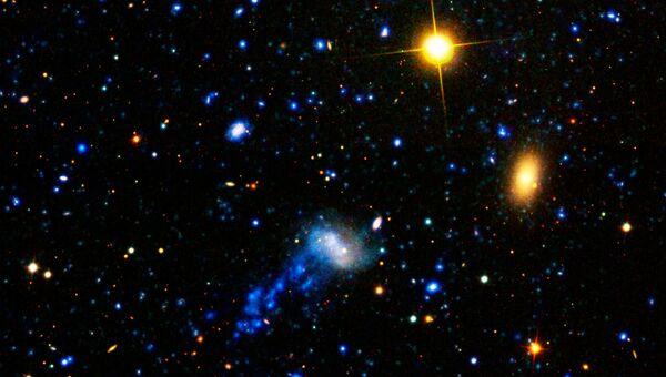 Галактика-медуза IC 3418