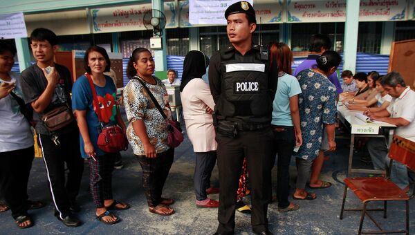 Внеочередные выборы в Таиланде. Фото с места события