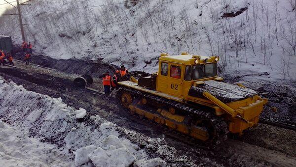 Грузовой поезд сошел с рельсов под Челябинском