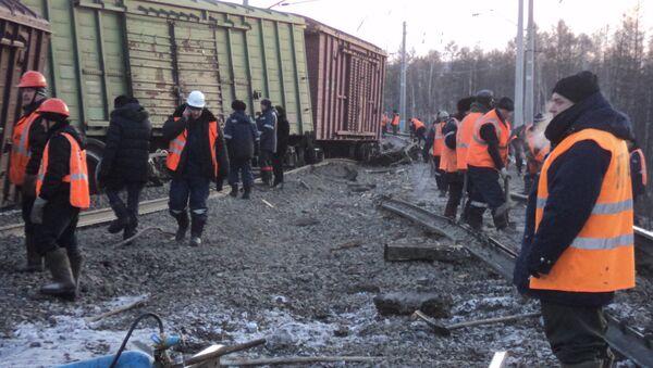 Сход вагонов грузового поезда на перегоне Жанна - Малоковали Могочинского района Забайкальского края. Фото с места события