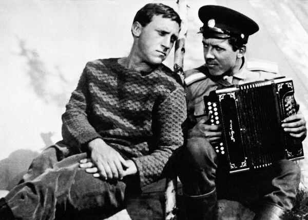 В.Высоцкий и В.Золотухин в фильме Хозяин тайги