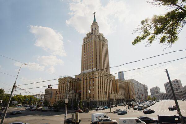 Гостиница Ленинградская в Москве